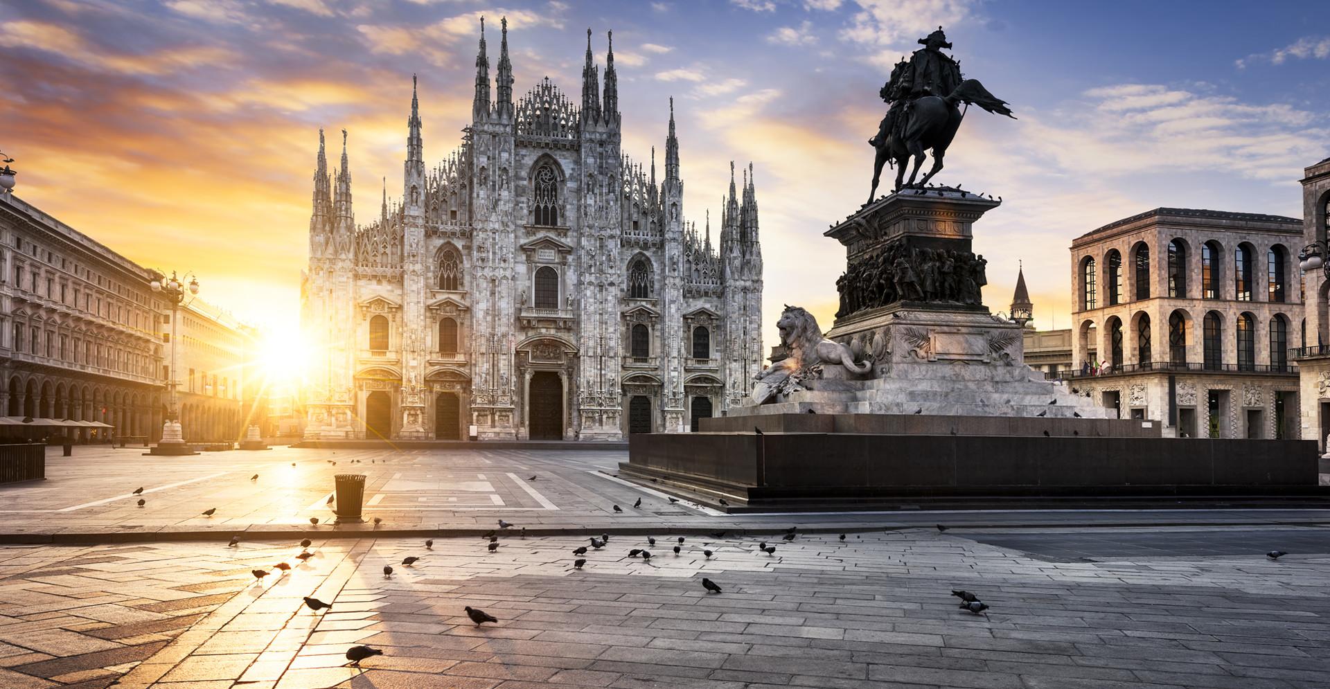 Piazza Del Calendario 3 Milano.Adunata Milano 2019